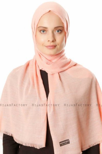 Esana - Rose Hijab - Madame Polo